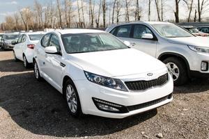 Авто Kia Optima, 2014 года выпуска, цена 1 088 500 руб., Москва