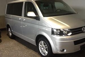 Подержанный автомобиль Volkswagen Multivan, отличное состояние, 2010 года выпуска, цена 1 500 000 руб., Казань