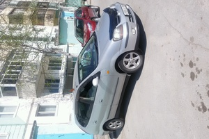 Подержанный автомобиль Nissan Tino, хорошее состояние, 2001 года выпуска, цена 265 000 руб., ао. Ханты-Мансийский Автономный округ - Югра