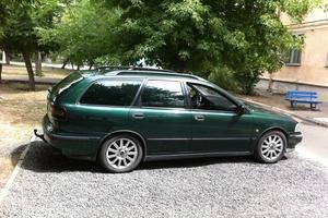 Автомобиль Volvo V40, хорошее состояние, 2000 года выпуска, цена 175 000 руб., Волжский