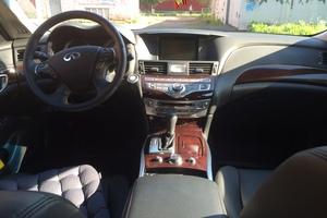 Автомобиль Infiniti Q70, отличное состояние, 2015 года выпуска, цена 1 950 000 руб., Новокузнецк