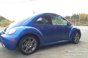 Подержанный автомобиль Volkswagen Beetle, хорошее состояние, 2003 года выпуска, цена 320 000 руб., Трехгорный