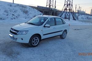 Подержанный автомобиль ВАЗ (Lada) Granta, отличное состояние, 2013 года выпуска, цена 300 000 руб., Челябинск