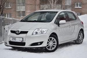 Авто Toyota Auris, 2009 года выпуска, цена 490 000 руб., Новосибирск