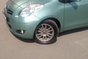 Автомобиль Toyota Vitz, отличное состояние, 2008 года выпуска, цена 380 000 руб., Новосибирск