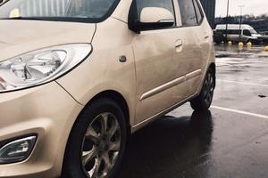 Автомобиль Hyundai i10, отличное состояние, 2011 года выпуска, цена 380 000 руб., Москва
