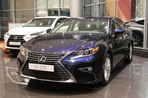 Авто Lexus ES, 2016 года выпуска, цена 2 215 000 руб., Москва