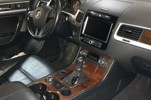 Подержанный автомобиль Volkswagen Touareg, отличное состояние, 2010 года выпуска, цена 1 330 000 руб., Казань