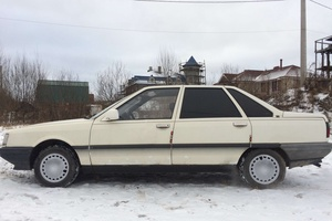 Автомобиль Renault 21, среднее состояние, 1987 года выпуска, цена 45 000 руб., Санкт-Петербург