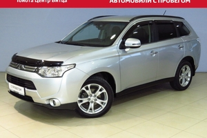Авто Mitsubishi Outlander, 2013 года выпуска, цена 1 190 000 руб., Москва
