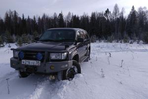Автомобиль Toyota Hilux Surf, среднее состояние, 1996 года выпуска, цена 400 000 руб., Зима