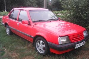 Автомобиль Opel Ascona, хорошее состояние, 1987 года выпуска, цена 45 000 руб., Зерноград