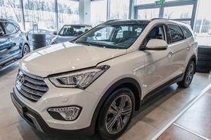 Авто Hyundai Santa Fe, 2016 года выпуска, цена 2 392 000 руб., Москва