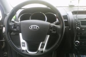 Подержанный автомобиль Kia Sorento, отличное состояние, 2010 года выпуска, цена 1 000 000 руб., Магнитогорск