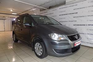Авто Volkswagen Touran, 2007 года выпуска, цена 550 000 руб., Москва