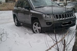 Автомобиль Jeep Compass, отличное состояние, 2012 года выпуска, цена 1 025 000 руб., Челябинск