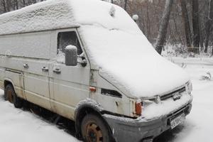 Автомобиль IVECO Daily, среднее состояние, 1995 года выпуска, цена 90 000 руб., Дмитров