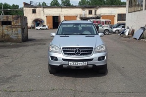 Подержанный автомобиль Mercedes-Benz M-Класс, хорошее состояние, 2005 года выпуска, цена 777 000 руб., Челябинск