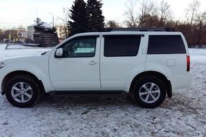 Подержанный автомобиль Nissan Pathfinder, отличное состояние, 2012 года выпуска, цена 1 500 000 руб., Челябинск