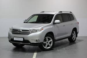 Авто Toyota Highlander, 2012 года выпуска, цена 1 490 000 руб., Сургут