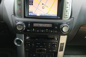 Подержанный автомобиль Toyota Land Cruiser Prado, отличное состояние, 2013 года выпуска, цена 2 550 000 руб., Нижневартовск