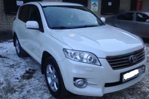 Подержанный автомобиль Toyota RAV4, отличное состояние, 2011 года выпуска, цена 1 099 000 руб., Челябинск