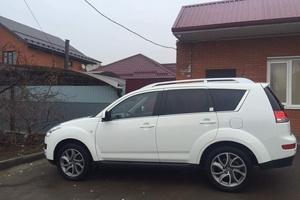 Автомобиль Citroen C-Crosser, отличное состояние, 2012 года выпуска, цена 820 000 руб., Краснодар