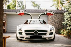 Автомобиль Mercedes-Benz SLS AMG, отличное состояние, 2012 года выпуска, цена 13 000 000 руб., Москва