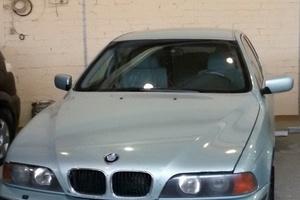 Автомобиль BMW 5 серия, хорошее состояние, 1999 года выпуска, цена 280 000 руб., Челябинск