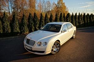 Автомобиль Bentley Continental Flying Spur, отличное состояние, 2007 года выпуска, цена 2 100 000 руб., Санкт-Петербург