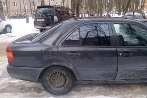 Подержанный автомобиль Mercedes-Benz C-Класс, среднее состояние, 1995 года выпуска, цена 100 000 руб., Солнечногорск