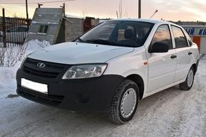 Подержанный автомобиль ВАЗ (Lada) Granta, отличное состояние, 2015 года выпуска, цена 295 000 руб., Челябинск