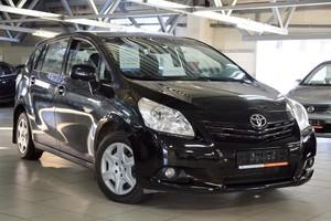 Авто Toyota Verso, 2011 года выпуска, цена 697 000 руб., Екатеринбург