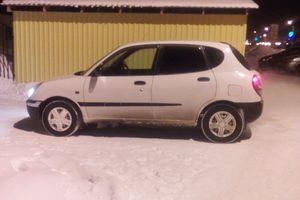 Автомобиль Daihatsu Storia, хорошее состояние, 2000 года выпуска, цена 130 000 руб., Тюмень
