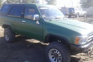Автомобиль Toyota Hilux Surf, хорошее состояние, 1988 года выпуска, цена 280 000 руб., Омск