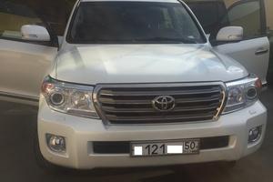 Подержанный автомобиль Toyota Land Cruiser, отличное состояние, 2012 года выпуска, цена 3 100 000 руб., Коломна