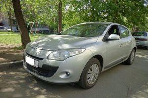 Подержанный автомобиль Renault Megane, хорошее состояние, 2010 года выпуска, цена 430 000 руб., Челябинск