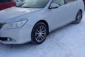 Подержанный автомобиль Toyota Camry, отличное состояние, 2012 года выпуска, цена 1 030 000 руб., Челябинск