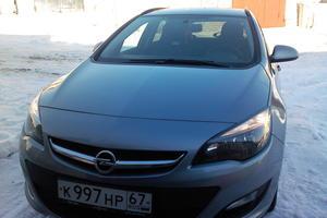 Автомобиль Opel Astra, хорошее состояние, 2014 года выпуска, цена 600 000 руб., Смоленск