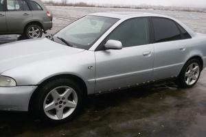 Автомобиль Audi A4, среднее состояние, 2000 года выпуска, цена 130 000 руб., Псков
