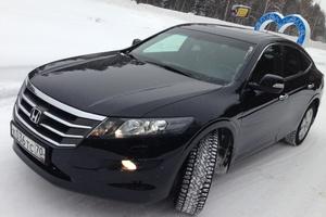 Автомобиль Honda Crosstour, отличное состояние, 2011 года выпуска, цена 1 300 000 руб., Томск