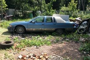 Автомобиль Chevrolet Caprice, среднее состояние, 1994 года выпуска, цена 300 000 руб., Москва
