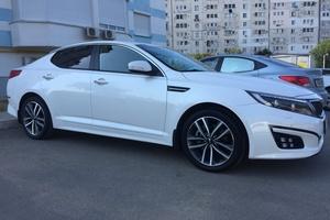 Автомобиль Kia Optima, отличное состояние, 2014 года выпуска, цена 1 030 000 руб., Крым