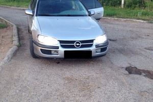 Автомобиль Opel Omega, хорошее состояние, 1995 года выпуска, цена 110 000 руб., Чебоксары
