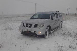Подержанный автомобиль Nissan Navara, отличное состояние, 2008 года выпуска, цена 760 000 руб., Челябинск
