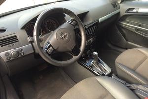 Автомобиль Opel Astra, отличное состояние, 2009 года выпуска, цена 450 000 руб., Смоленск