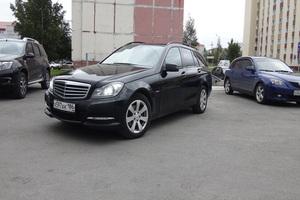 Подержанный автомобиль Mercedes-Benz C-Класс, хорошее состояние, 2012 года выпуска, цена 900 000 руб., Нефтеюганск