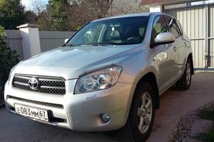 Автомобиль Toyota RAV4, отличное состояние, 2007 года выпуска, цена 720 000 руб., Смоленск