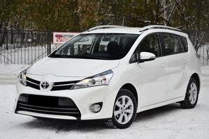 Авто Toyota Verso, 2015 года выпуска, цена 1 140 000 руб., Новосибирск