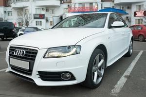 Подержанный автомобиль Audi A4, хорошее состояние, 2011 года выпуска, цена 1 000 000 руб., Краснодар